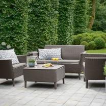 Преимущества и недостатки садовой мебели из ротанга